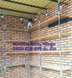 Mẫu kệ treo tường ống nước